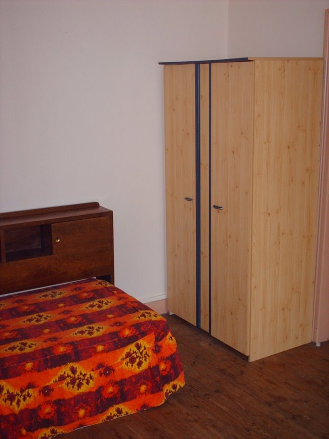 Colocation clermont ferrand studio f1 n 1 appartager - Studio meuble clermont ferrand ...