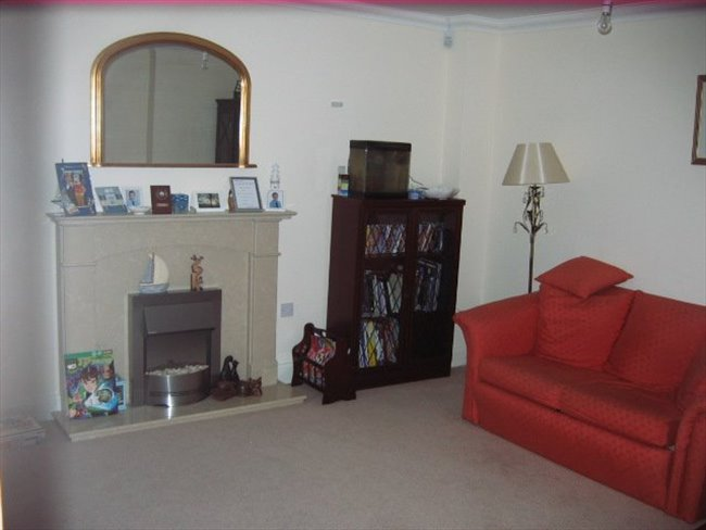 Room to rent in Great Yarmouth - Single room to rent with use of own bathroom - Image 2