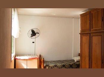 EasyQuarto BR -  FAMÍLIA-Aluga quartos ,PAR A 3 P. Nao pensão,550, Lapa - R$ 550 Por mês