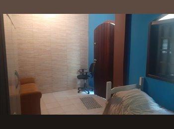 EasyQuarto BR - Quarto com banheiro (suite) nas proximidades do Estádio do Morumbi independente da casa, Morumbi - R$ 850 Por mês