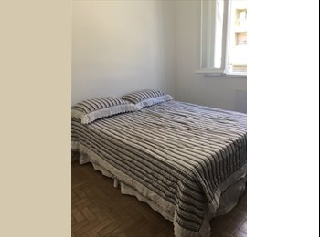 EasyQuarto BR - JUST FOR GIRLS! Cool room next to arpoador, Leme - R$ 1.900 Por mês