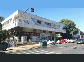 EasyQuarto BR - Double Kit perto da UNB, Brasília - R$ 1.500 Por mês