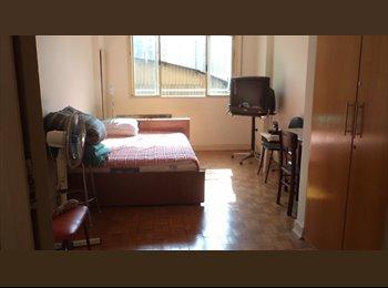 EasyQuarto BR - Aluguel de 3 quartos ambiente familiar , Santa Cecilia - R$ 1.200 Por mês