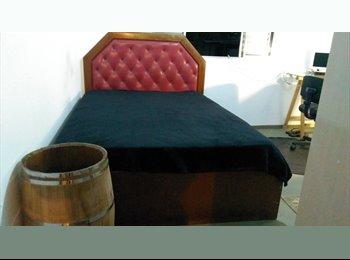 EasyQuarto BR - quarto mobilhado, Santo Amaro - R$ 950 Por mês
