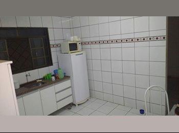 EasyQuarto BR - Casa Segura com espaço e conforto., Uberlândia - R$ 300 Por mês