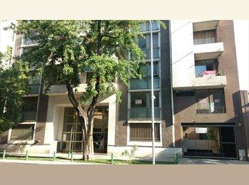 CompartoDepto CL - Metro República (linea1), Barrio Universitario pieza amueblada., Santiago - CH$ 200.000 por mes