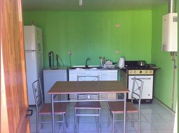 CompartoDepto CL - Excelentes Habitaciones, Centrales, Baño Privado.  Cercana a U.B.B la Castilla-Terminal L. Azul y Ce, Chillán - CH$ 90.000 por mes