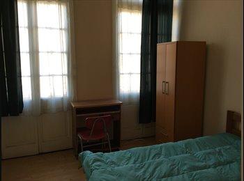 CompartoDepto CL - Habitación en Pleno Centro de Valparaíso, Valparaíso - CH$ 160.000 por mes
