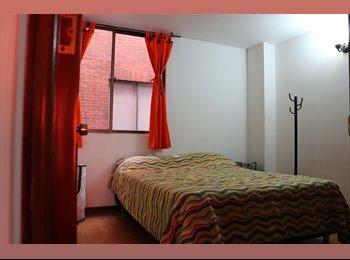 CompartoApto CO - Arriendo una linda habitación amoblada en excelente sector, Bogotá - COP$700.000 por mes