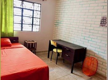 CompartoApto CO - Habitaciones amuebladas para alquilar en una casa grande., Cali - COP$450.000 por mes