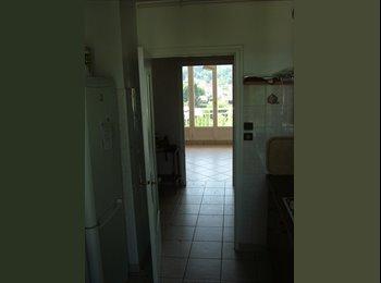 Appartager FR - A louer chambre colocation, Saint-Martin-d'Hères - 300 € /Mois