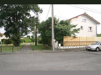 Appartager FR - chambres meublees dans une grande apartment dans la peripherique est , L'Union - 450 € /Mois