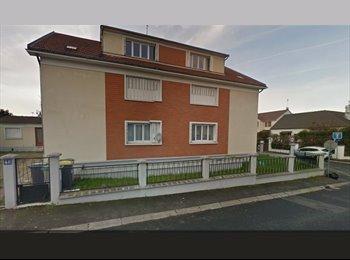 Appartager FR - Recherche un(e) colocataire - Quartier Pavillonnaire et calme, Houilles - 460 € /Mois