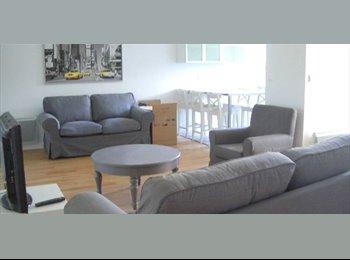 Appartager FR - particulier loue chambre dans grande maison avec jardin, Pessac - 460 € /Mois