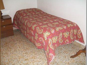 EasyStanza IT - affitto bella stanza, Sesto Fiorentino - € 350 al mese