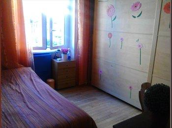 EasyStanza IT - camera ad Ostia mt 100 dal mare, Ostia-Fiumicino - € 400 al mese