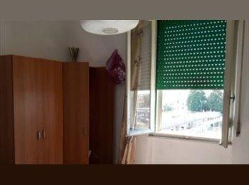 EasyStanza IT - Singola in centro  - Single room donwtown, Pisa - € 290 al mese