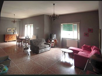 EasyStanza IT - Living in Rome BEDROOMS AVAILABLE + Food&Fun, Montesacro-Talenti - € 300 al mese