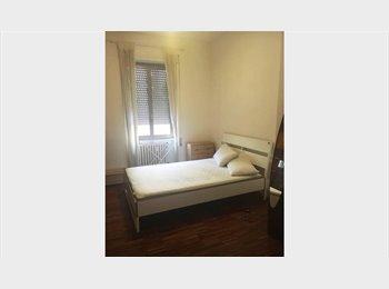 EasyStanza IT - Stanza luminosa a PORTONACCIO (da SETTEMBRE), Tiburtino-Collatino - € 370 al mese