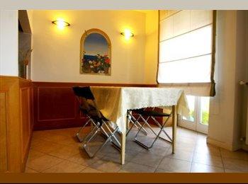EasyStanza IT - Posti letto per studentesse a Don Bosco ( Cinecittà) adiacente Metro A, Don Bosco-Cinecitta' - € 250 al mese