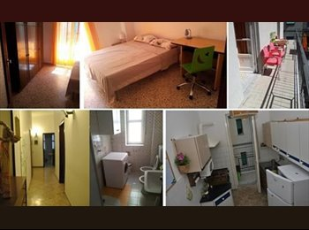 EasyStanza IT - Room in salerno close to the bus station , Salerno - € 300 al mese
