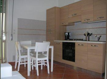 EasyStanza IT - Careggi ottime camere singole, Sesto Fiorentino - € 330 al mese