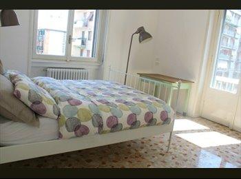 EasyStanza IT - appartamento di 120 m2 più terrazzo di 100 m2, Pta Romana - Forlanini - Lodi - € 750 al mese