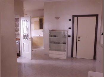 EasyStanza IT - Stanza singola affittasi in delizioso appartamento, Casilino Prenestino - € 350 al mese