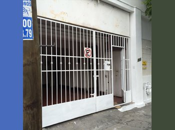 CompartoDepa MX - Cuarto renta x semana Mty Centro cama mat., Monterrey - MX$2,400 por mes