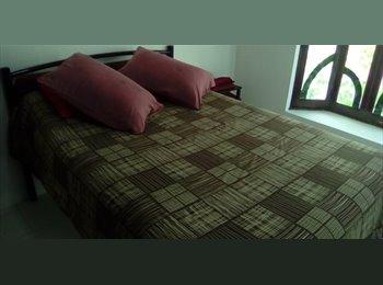 CompartoDepa MX - Alojamiento céntrico para mujeres profesionistas (quedan dos habitaciones), Córdoba - MX$2,100 por mes