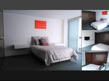 CompartoDepa MX - Amplia habitación amueblada cerca del Ángel, Cuauhtémoc - MX$8,500 por mes