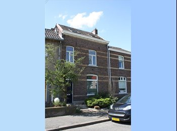 EasyKamer NL - Rooms available 20m2 // no agent fee // all 4 rooms are available, Maastricht - € 405 p.m.