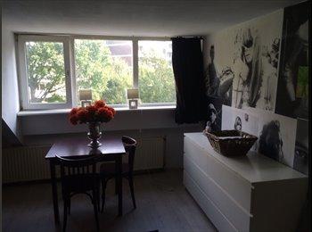 EasyKamer NL - Room for rent., Den Haag - € 475 p.m.