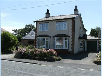 EasyRoommate UK - Double Room in Detached House with off Road Parking, Macclesfield - £450 pcm