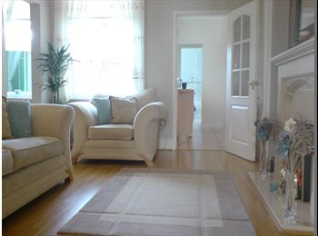 EasyRoommate UK - Dbl & Sgl Rms & Connecting Room Avail In S/Shields, South Shields - £433 pcm