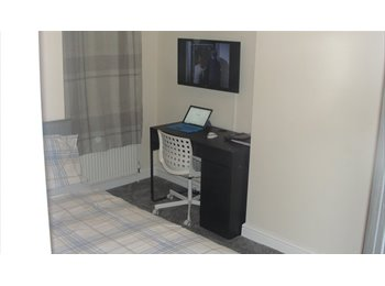 EasyRoommate UK - furnished single room available, Fairfield - £290 pcm