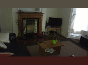 EasyRoommate UK - Spacious, All inclusive double room in great location, L18, Mossley Hill - £345 pcm