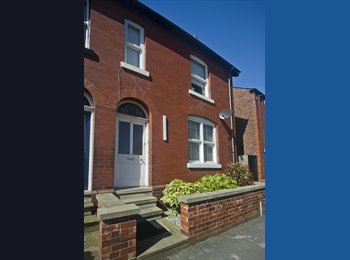 EasyRoommate UK -  Great house share in the heart of Macclesfield , Macclesfield - £530 pcm