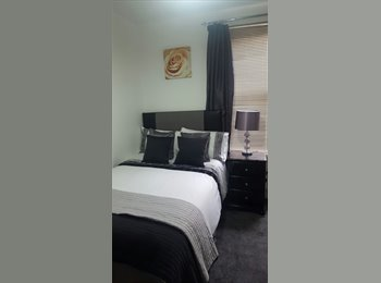 EasyRoommate UK - LARGE DOUBLE ROOM & ONLY ONE WEEK DEPOSIT, Walthamstow - £605 pcm