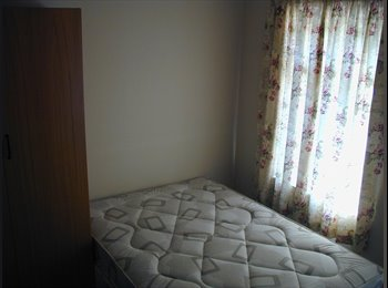 EasyRoommate UK - (T) Beautiful rooms in beautiful houses, Wokingham - £490 pcm