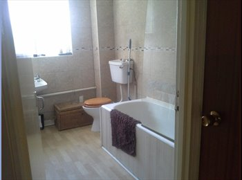 EasyRoommate UK - double room in maidenhead, Maidenhead - £550 pcm