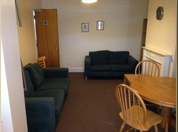 EasyRoommate UK - Superb furnished double rooms, Horfield - £430 pcm