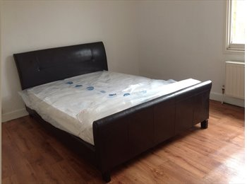 EasyRoommate UK - bedrooms within walking distance to universities, Highfield - £285 pcm