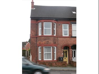 EasyRoommate UK - MR luxury single/double rooms with OWN shower and basin, Park Dale - £350 pcm