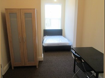 EasyRoommate UK - City Centre ROOMS TO RENT with TV & Bills included, Coventry - £545 pcm