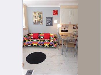 EasyRoommate UK - Two Medium Double rooms, quiet location, Ipswich - £375 pcm