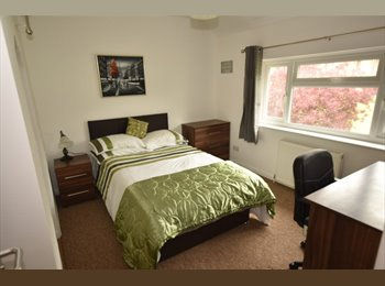 EasyRoommate UK - HALF PRICE FIRST MONTH RENT!!!!, Port Solent - £500 pcm