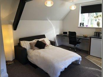 EasyRoommate UK - **Brand New All-Inclusive Luxury Studio Flat**, Stoneygate - £675 pcm
