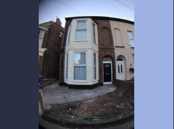 EasyRoommate UK - 6 Stanley Street -L7   4 Room House Share, Fairfield - £380 pcm
