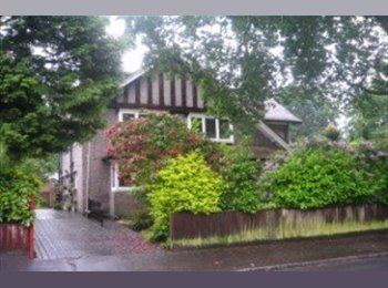 EasyRoommate UK - Double Room with Sparkling New En-Suite!, Winton - £1,089 pcm